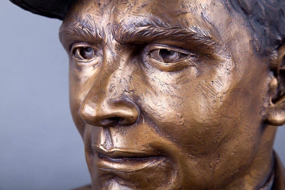 Chief John Finn-face