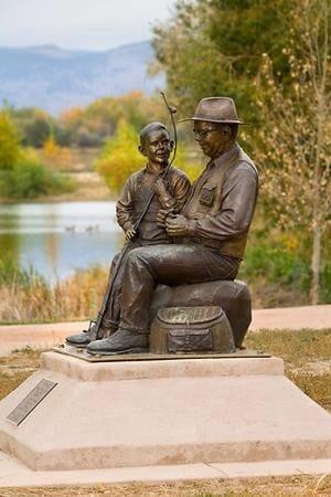 Grandfather and Grandson Bronze Sculpture-1