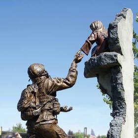 Tommy Tucker Bronze Monument-2